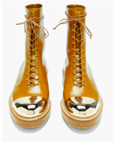 brown boots with gold tips goes with jeans